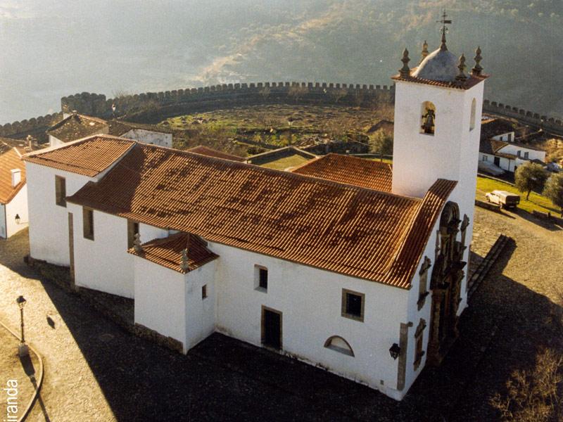À descoberta do românico português